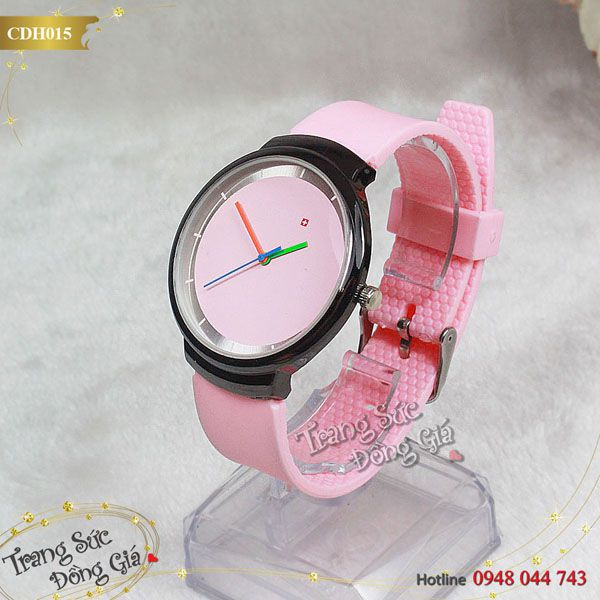 Đồng hồ cặp Swatch xinh xắn.