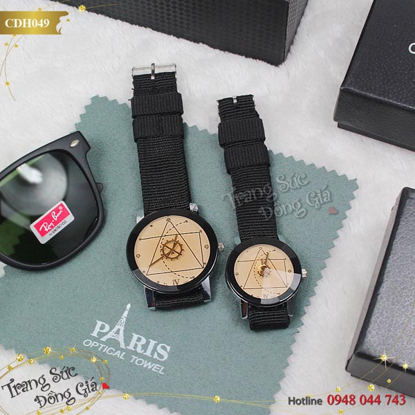 Đồng hồ cặp Ai Cập xinh xắn.