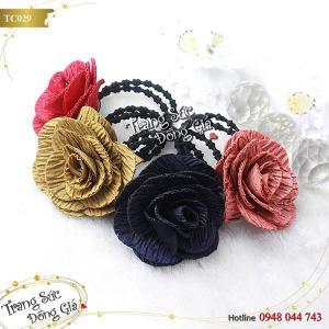 Cột tóc Thái Lan thời trang hoa xinh xắn.